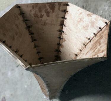 Atelierul de pe insula servicii CNC lemn detaliu 6
