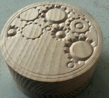 Atelierul de pe insula servicii CNC lemn detaliu 7